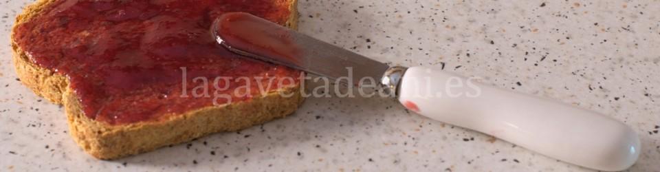 Mermelada de Ciruelas. Tostada