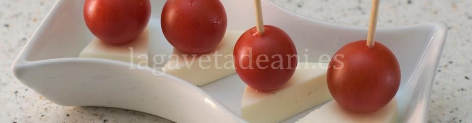 Pincho de Tomate Cherry y Queso